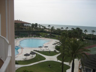 Apartamento en primera l nea de playa en islantilla - Apartamento en islantilla playa ...