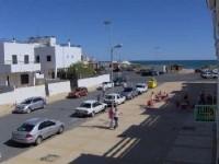 Islantilla �tico 1� linea de playa , terraza y solarium con vistas al mar ,distancia al mar 30 metro