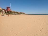 Apartamento en Playa alta ( Isla Canela )