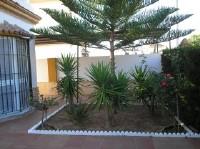 Casa con piscina a 70 metros de la playa y capacidad 10 personas
