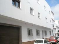 Apartamentos de 1 y 2 dormitorios Nuevos a Estrenar en conil centro con plaza de garaje