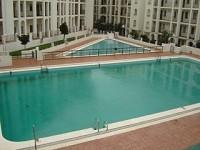 Alojamiento con piscina para veraneo en Matalasca�as