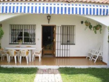 Casa de vacaciones en macarena playa - Muebles de porche ...