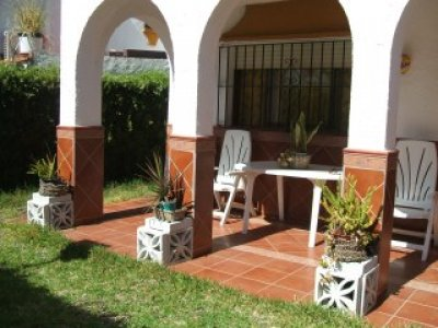 Casa para alquilar en matalasca as con piscina macarena iii for Casas con piscina en sevilla para alquilar