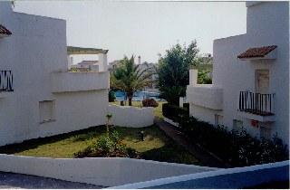 Alquiler de estudio en zahara de los atunes for Casas con piscina zahara delos atunes