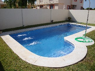 Alquiler de casa para 12 personas con piscina privada de for Casas con piscina privada para vacaciones