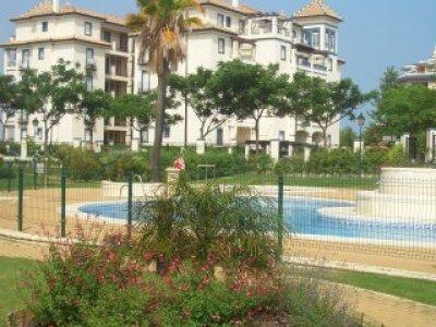 Alquiler apartamento en isla canela urbanizacion marina for Jardines isla canela