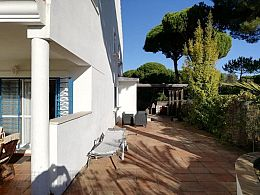 Family holiday home Portil , 1-6 persons, garden, Pool, Tennis, wifi...