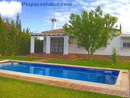 Conil, chalet rural con piscina